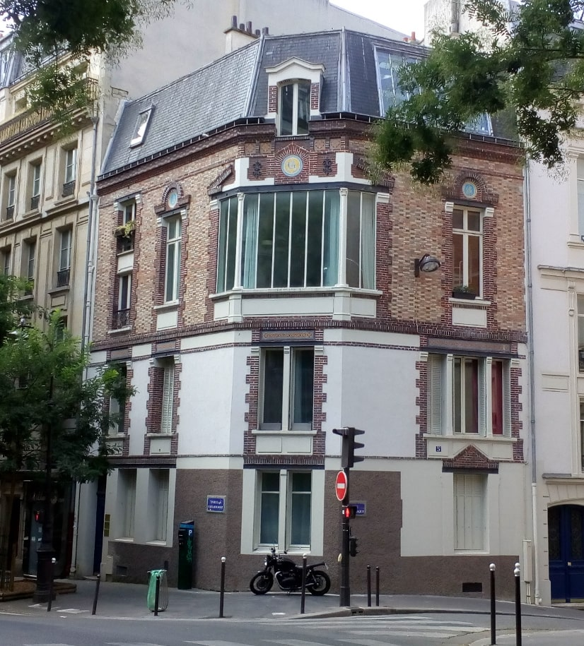 A large bay window on the second floor of a building that forms the junction of Rue Tourlaque and Rue Caulaincourt Montmartre, This was Toulouse Lautrec's studio in the 1880s and 1890s